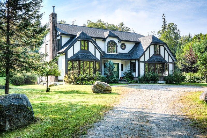 Tudor home  - Mont Tremblant Manoir Jackrabbit - Mont Tremblant - rentals