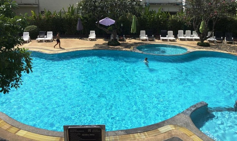 The pool was refurbished in 2016 and is always crystal clear - Lovely Condo in Jomtien/Pattaya-Tai 我住在兴港,可在中国回复 - Jomtien Beach - rentals