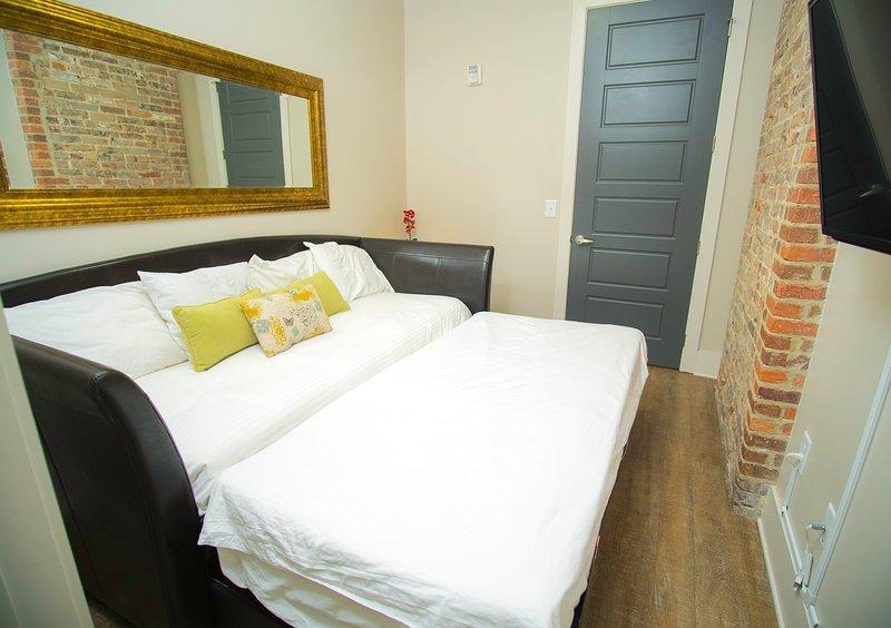 .Amazing Two Bedroom Loft. Best Location - Book TODAY! 2BL2BZA - Image 1 - Nashville - rentals
