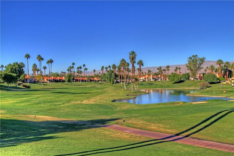 Heavenly Condo with 3 Bedroom & 4 Bathroom in Palm Desert (222PD) - Image 1 - Palm Desert - rentals