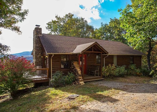 Sterling Retreat - Image 1 - Black Mountain - rentals