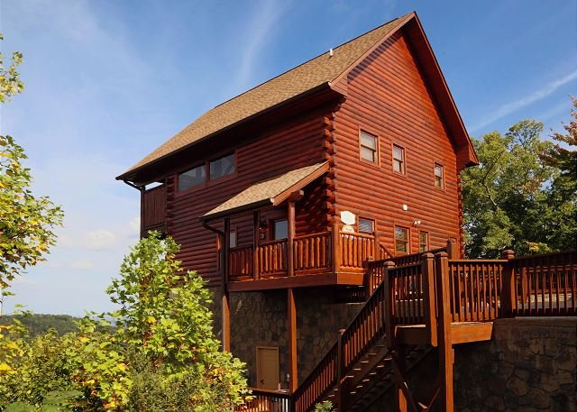 Cabin - Chocolate Moose the premier cabin that everyone can count on! - Sevierville - rentals