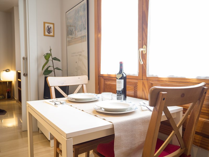 Room full of light - In the center of Granada. Free parking and Wi-Fi - Granada - rentals