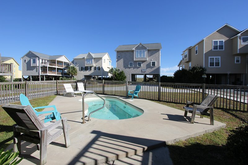 Private Pool - Oceanside Home, Private Pool, Beautiful! - Holly Ridge - rentals