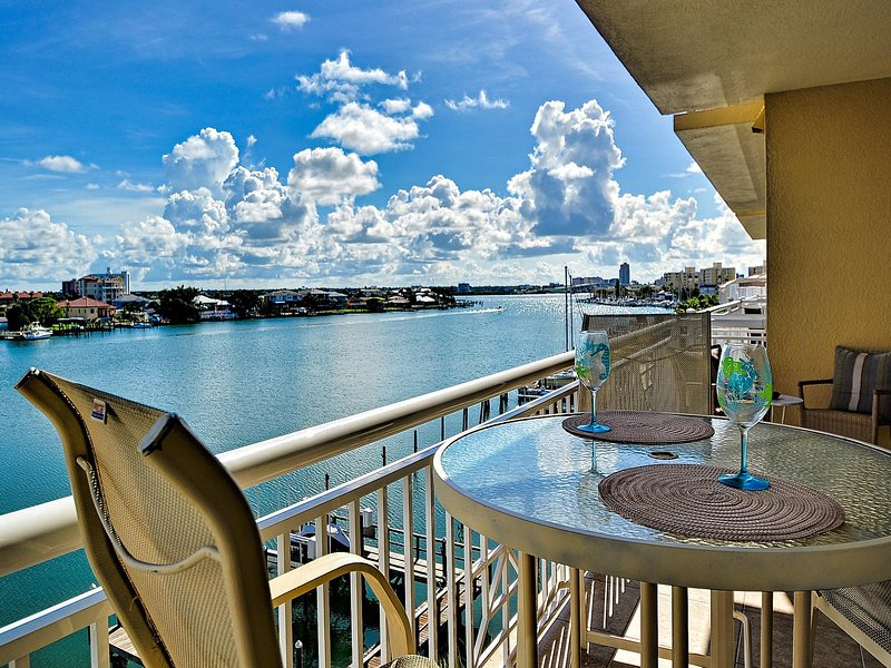 We invite you to sit, relax and enjoy the view of the Clearwater Harbor. - Bay Harbor 403 3 bed   3 bath   waterfront - Clearwater Beach - rentals