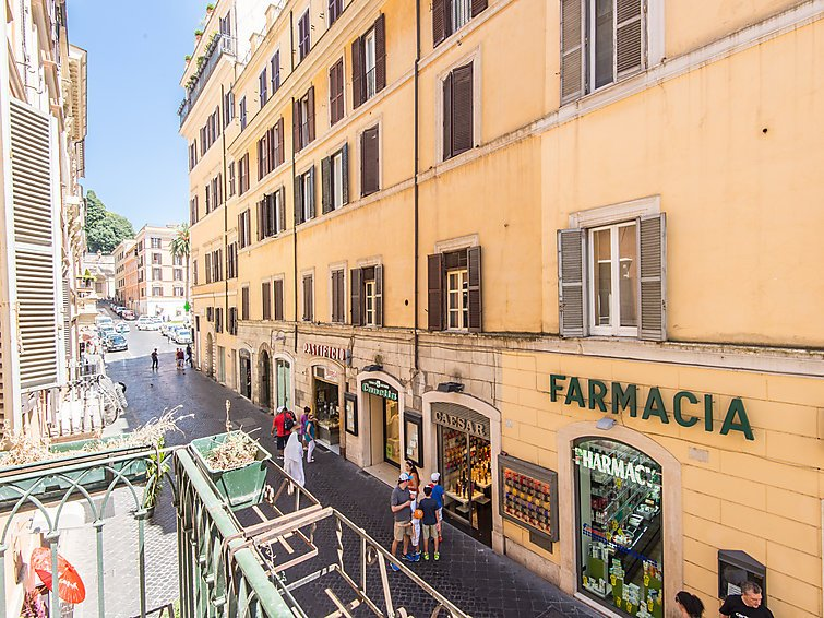 4 bedroom Apartment in Rome Historical City Center, Lazio, Italy : ref 2008800 - Image 1 - Colonna - rentals