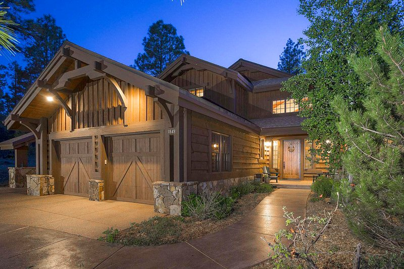 Luxury Pine Canyon Retreat in Flagstaff! - Image 1 - Flagstaff - rentals