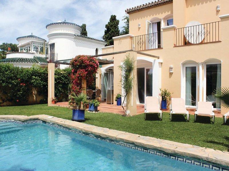 4 bedroom Villa in Estepona, Andalusia, Costa Del Sol, Spain : ref 2037208 - Image 1 - Costa del Sol - rentals