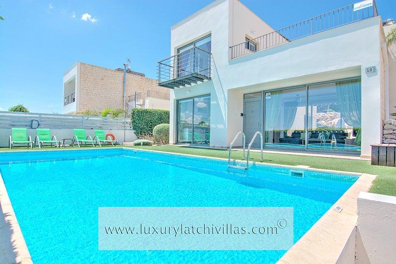 Villa Santorini - Image 1 - Neo Chorion - rentals