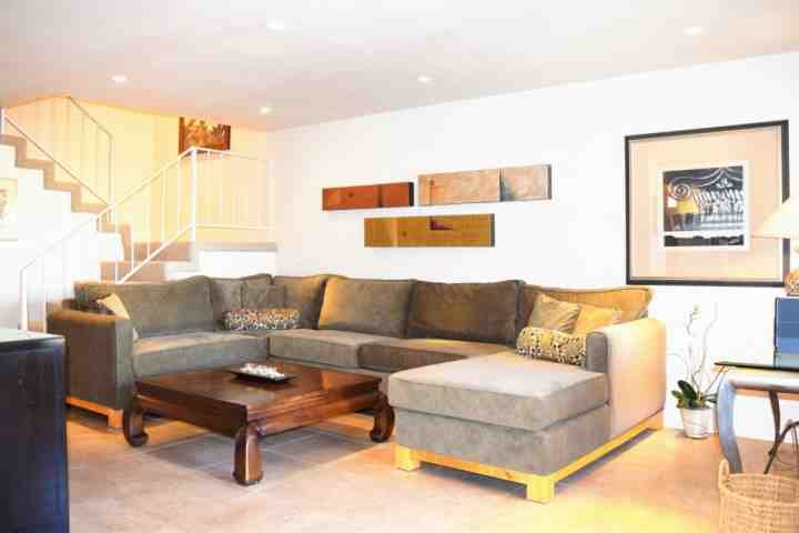 Relax in the comfortable liiving room - Best Location! Palm Desert Condo Steps from the Center of El Paseo! Mountain Views & Tennis - Palm Desert - rentals