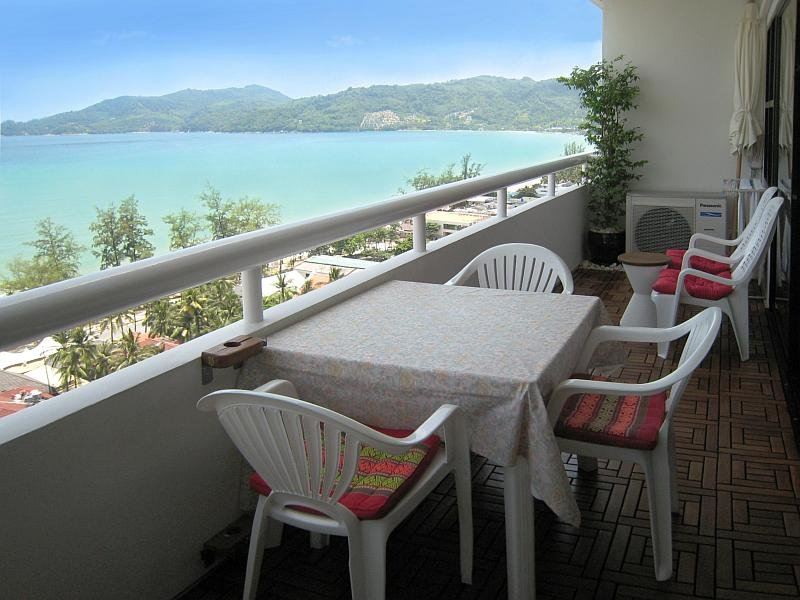 Condo with westerly Balcony, with dining place and close view to Patong Beach - Luxury Patong Tower Seaview Condo in Phuket, Thailand - Patong - rentals
