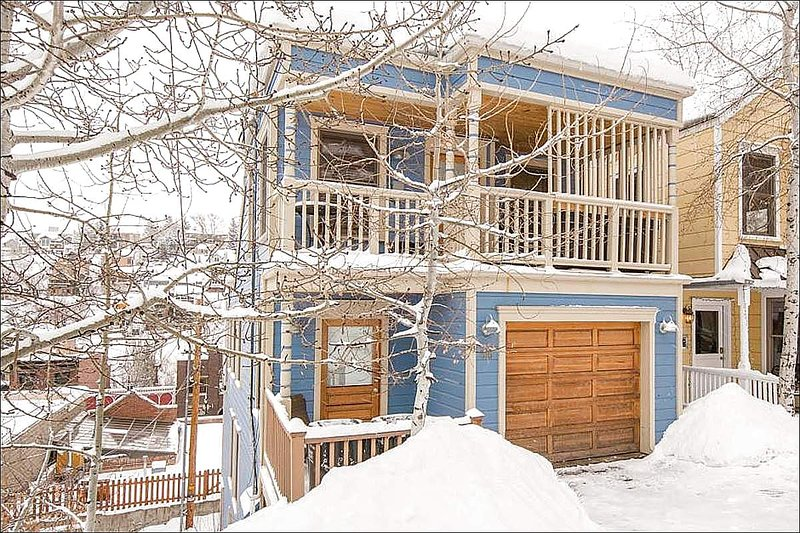Private Home in Old Town - Beautiful Custom Finished in Old Town - Exquisite Views and Just a Walk From Main Street (16900) - Park City - rentals