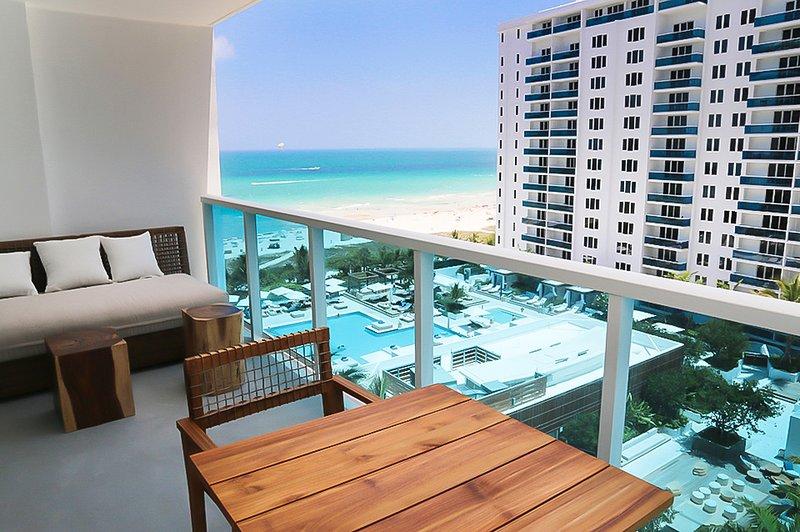 Balcony View - Hotel Residence Balcony Ocean View 1 Bedroom Suite - Miami Beach - rentals