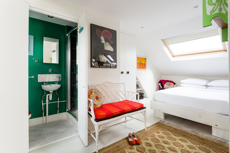 onefinestay - Eastbury Grove private home - Image 1 - London - rentals