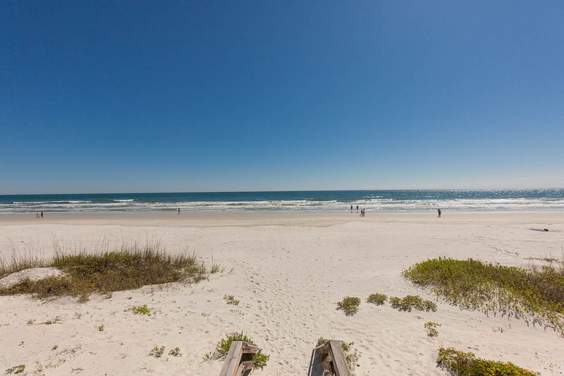 This is New Smyrna Beach - 5 Star Rated Beach cottage  Book Now - New Smyrna Beach - rentals