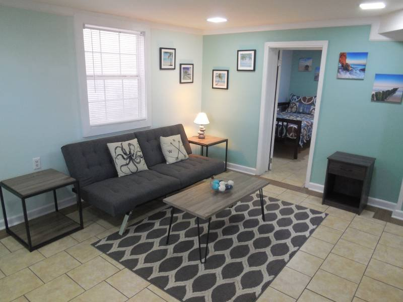 Living Area - Sunny Side Down - Folly Beach, SC - 2 Beds BATHS: 1 Full - Blue Mountain Beach - rentals