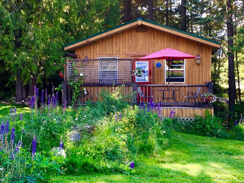 Sun in the morning with shade in the afternoon, enjoy the wildlife from your deck... - Pet Friendly Kootenay Cottage - Nelson - rentals