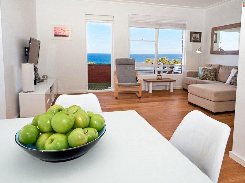 Sea Dawn Tama Location and Views - Image 1 - Bondi - rentals