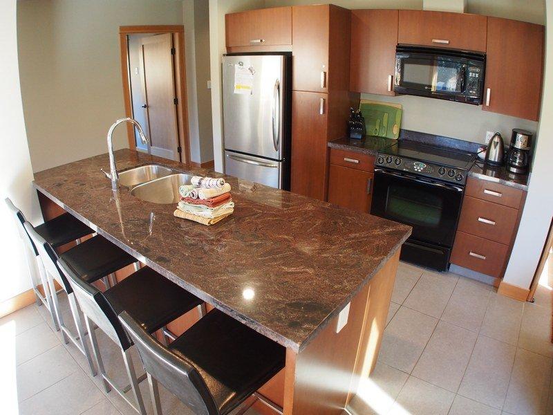 KL206Kitchen - Kookaburra Village Center - 206 - Sun Peaks - rentals