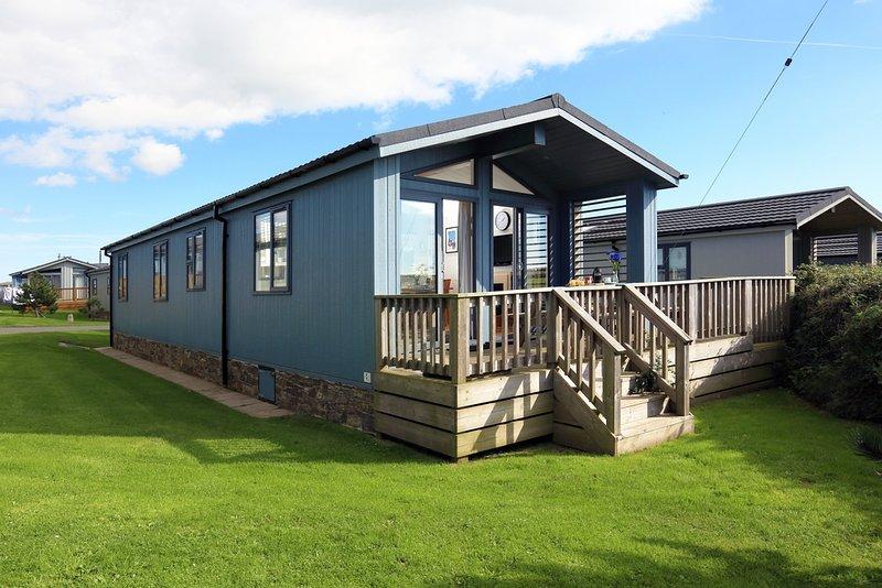 22 Salcombe Retreat located in Salcombe, Devon - Image 1 - Salcombe - rentals