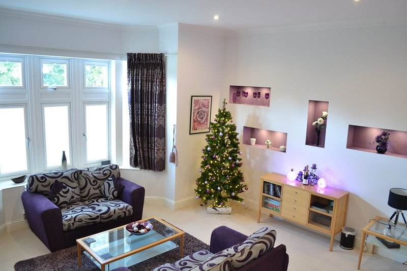 4 Shanklin Manor located in Shanklin, Isle Of Wight - Image 1 - Shanklin - rentals