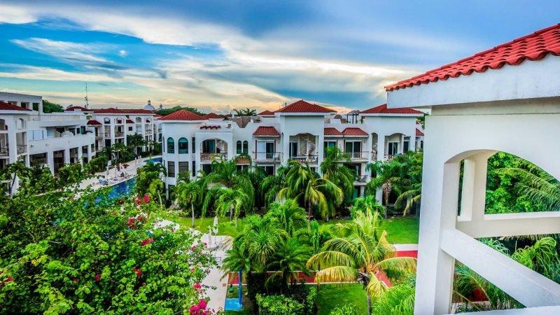 Fully appointed 2 bedroom condo home at Paseo Del Sol Playa del Carmen. Offers Reef Club Beach access! - Image 1 - Playa del Carmen - rentals