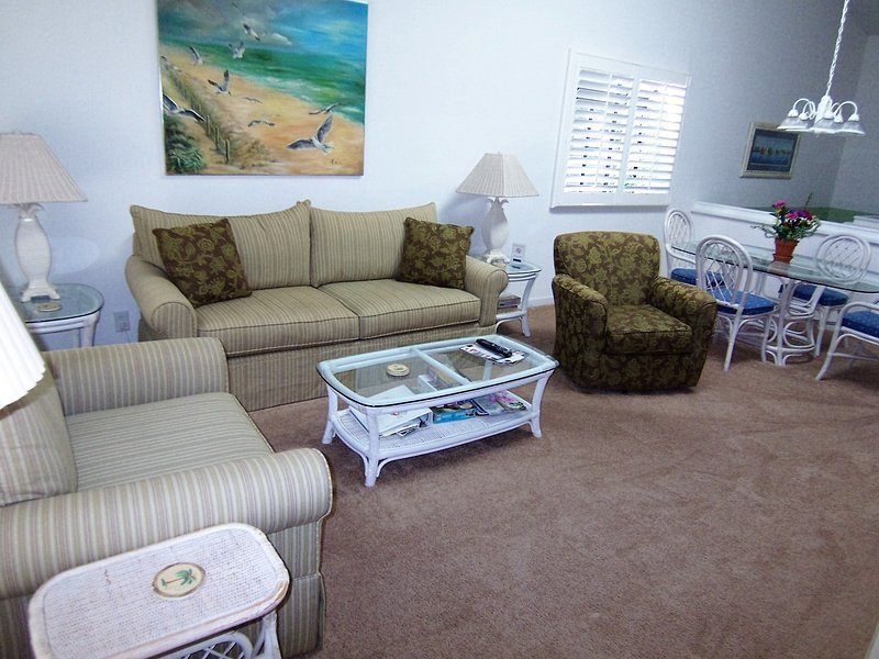1 BR BA (23DV), 2nd Floor, King, 1 Mile to Beach - Image 1 - Sunset Beach - rentals