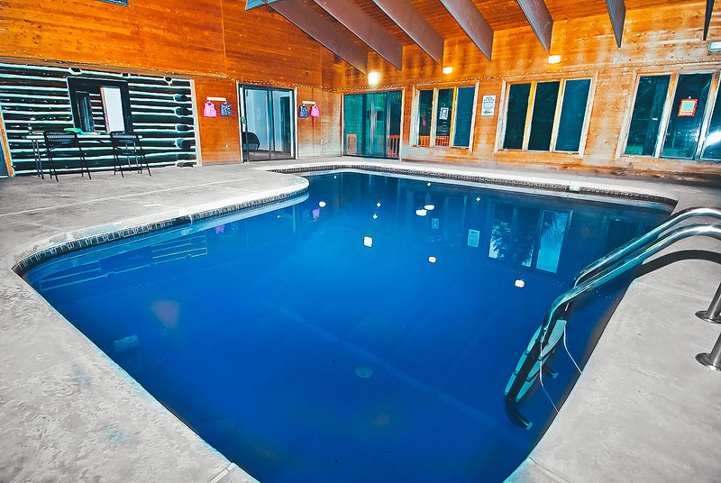 Riverfront Lodge w/ Indoor Pool and Hot Tub - Image 1 - East Stroudsburg - rentals