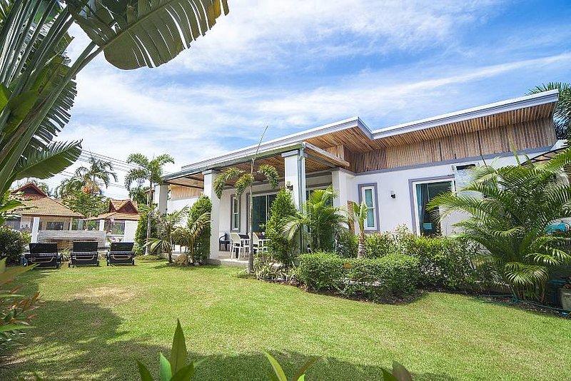 Luxury pool villa 500m to Kamala beach - Image 1 - Kamala - rentals