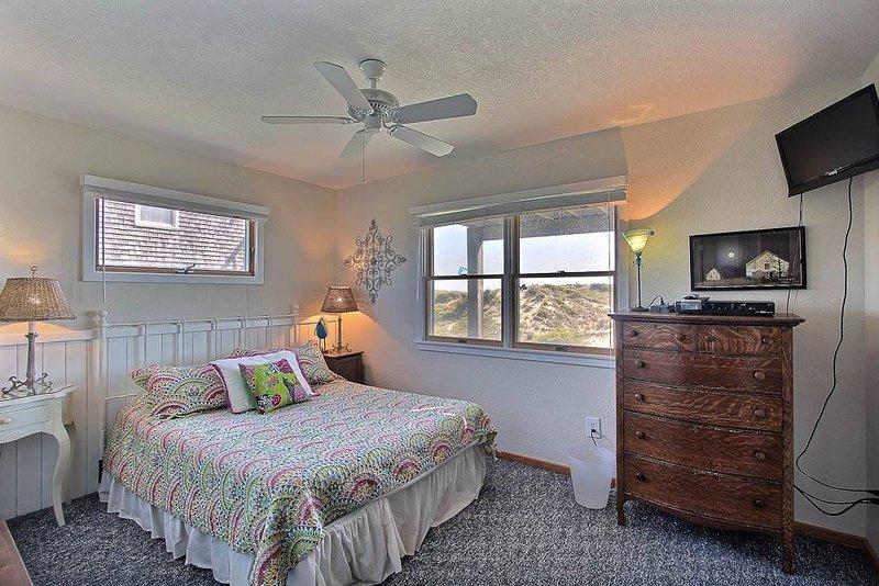 Gray Haven - Image 1 - Avon - rentals
