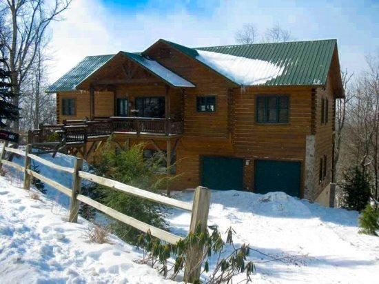 3BR Cottage, Huge Views, Hot Tub, Pool Table, Large Open Living Area on Beech Mountain Near Banner Elk - Image 1 - Banner Elk - rentals