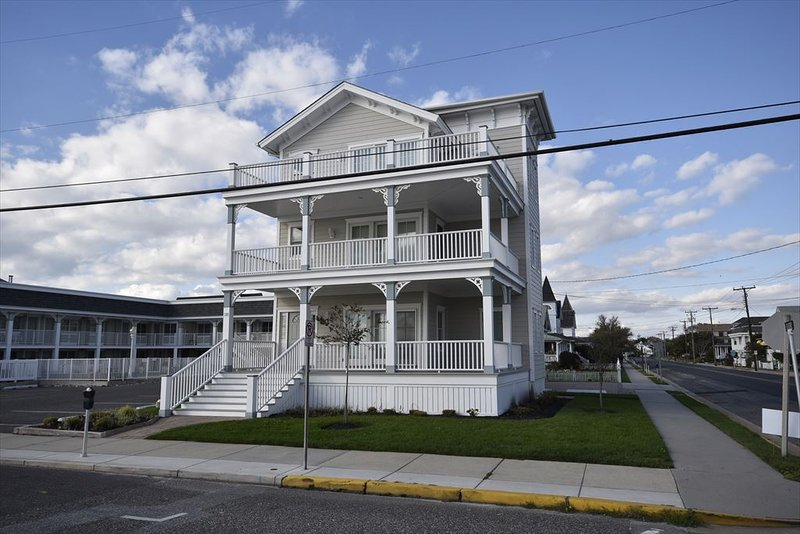 Property 49960 - Heavenly House with 3 BR & 2 BA in Cape May (Surf Apartments 49960) - Cape May - rentals