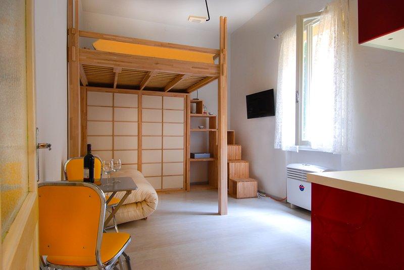 Cozy studio in historical centre - Image 1 - Bologna - rentals