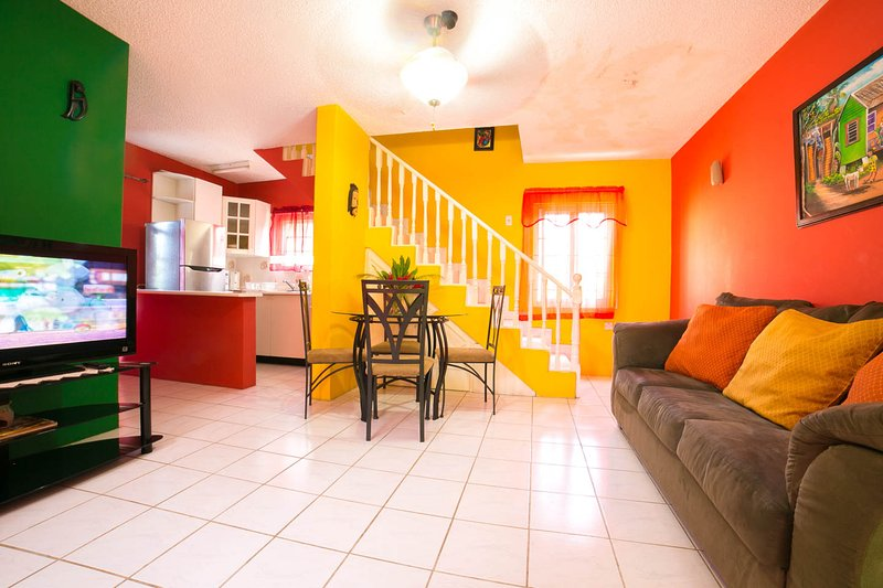 Greetings & Welcome! - Another Day In Paradise! 1 BR Duplex w/2 Full Bathrooms FREE Parking/WiFi/Cable - Ocho Rios - rentals