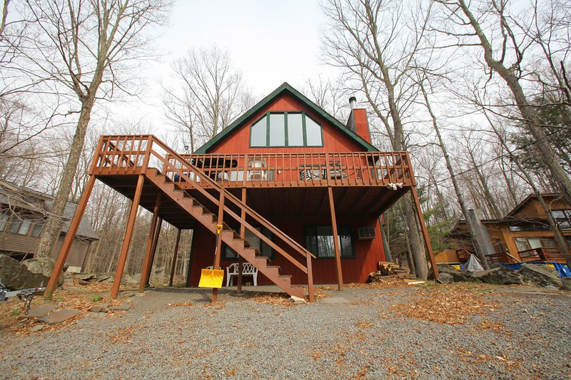 Welcome - Hideout Poconos Rental One Block from Beach,Ski - Lake Ariel - rentals