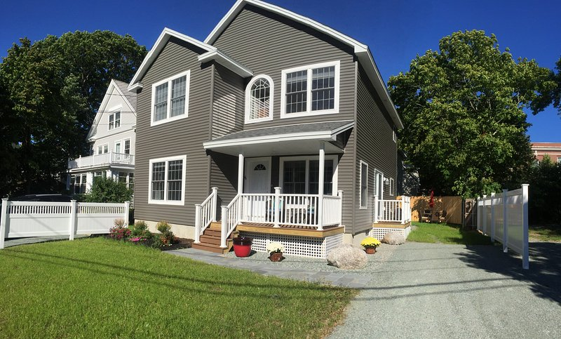 The Carriage House in Downtown Bar Harbor! - Image 1 - Bar Harbor - rentals
