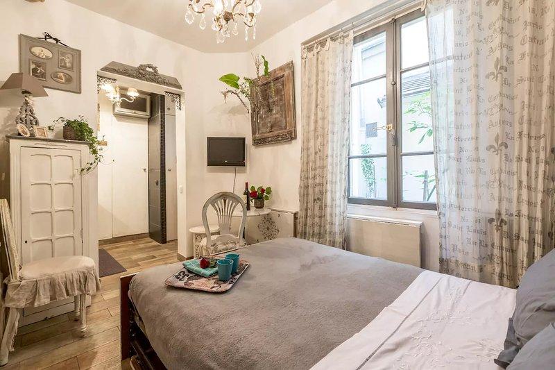 Market Street. Cute & Central * FREE SEINE CRUISE - Image 1 - Paris - rentals