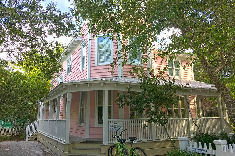 exterior - Big Pink - Seaside - rentals