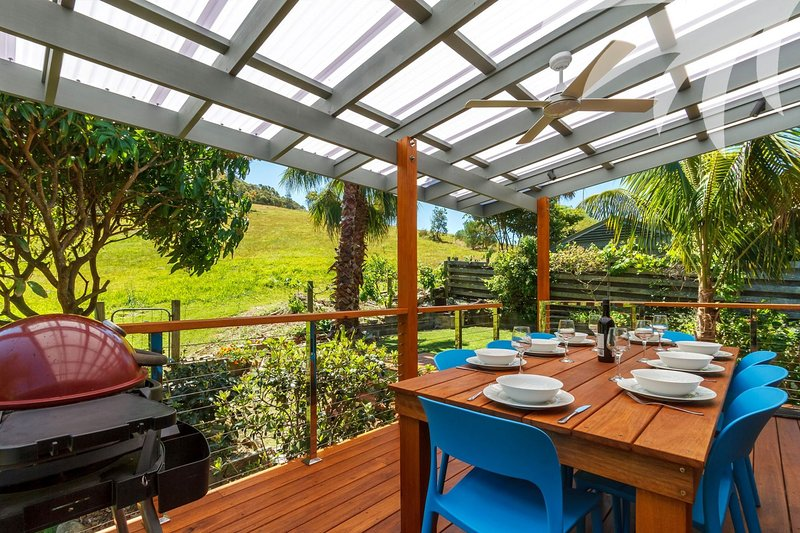 Palms House - Image 1 - Blueys Beach - rentals