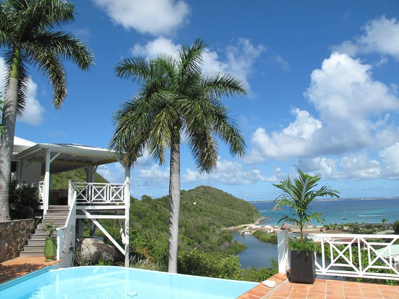 CASA BRANCA... a gorgeous tropical hideaway! Very private and quiet with lush - Image 1 - Anse Marcel - rentals