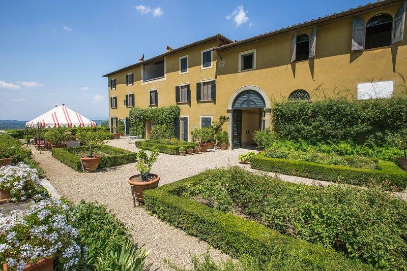 Villa di Tizzano - Image 1 - Greve in Chianti - rentals