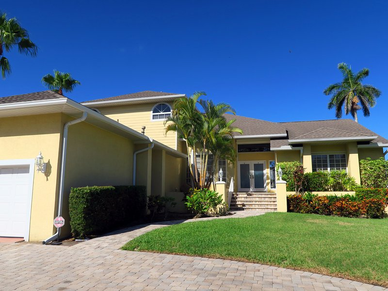 Sunset Heaven with one car garage - Sunset Heaven 4BR walking distance to St. Armand's - Sarasota - rentals