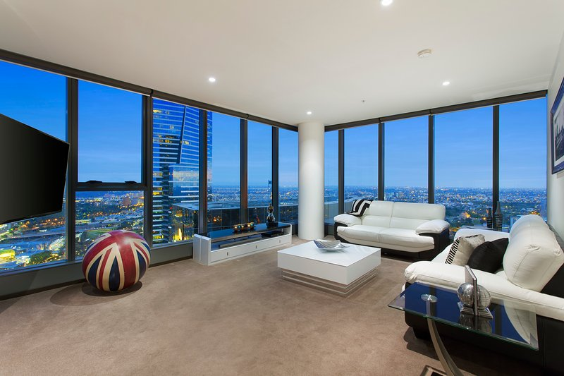 """""""THE LONDONER"""" PENTHOUSE 3 BRM at FRESHWATER PLACE - Image 1 - Melbourne - rentals"""