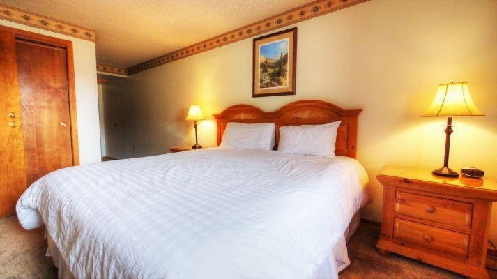 "SkyRun Property - ""VS436H Village Square"" - King Bed - VS436H Village Square - Copper Mountain - rentals"
