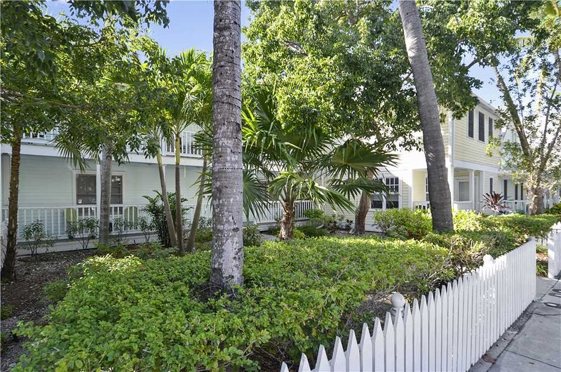 Shipyard Treasure - Image 1 - Key West - rentals