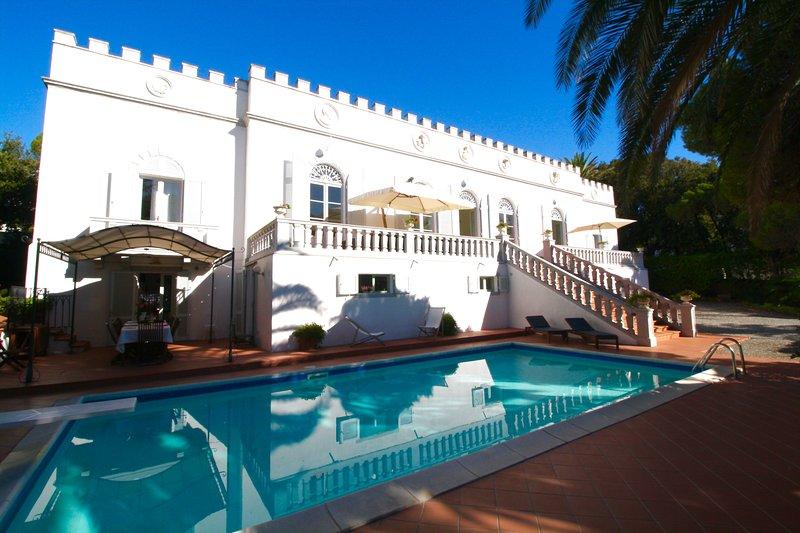 Beautiful Tuscan Villa in Seaside Town and Near the Beach  - Villa Castiglioncello - Image 1 - Castiglioncello - rentals