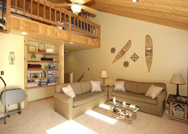 Living Room 1 - Northwoods Condo unit B5, Prime slope side location at Timberline Resort! - Spring Hill - rentals