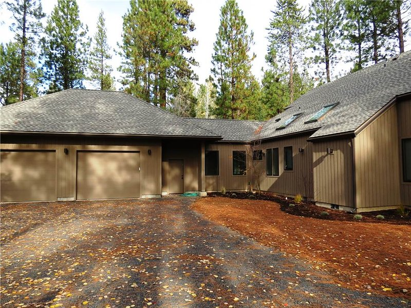 Golf Homesite #115 - Image 1 - Black Butte Ranch - rentals