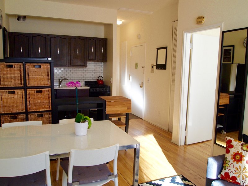 West 30th. Chelsea 1 Bedroom/1 Bathroom - Image 1 - New York City - rentals
