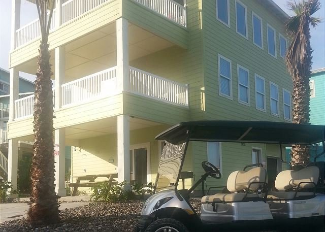 FREE GOLF CART - Ocean Lookout: AMAZING VIEWS, Free Golf Cart, Boardwalk, Pool - Port Aransas - rentals